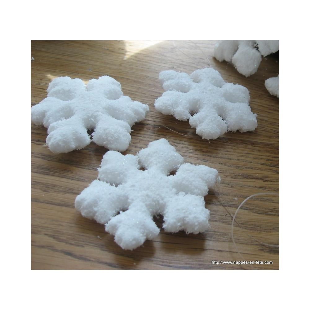 flocons de neige pour d co d 39 hiver ou de noel. Black Bedroom Furniture Sets. Home Design Ideas