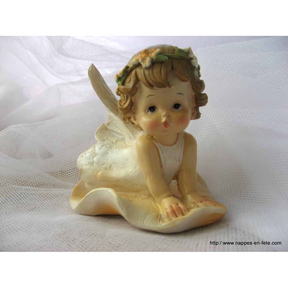 adorable figurine ange pour baptême ou noel