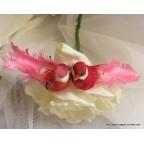 couple d'oiseaux artificiels rose et rouge
