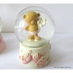 Figurine Sujet Baptême oursonne dans boule de neige