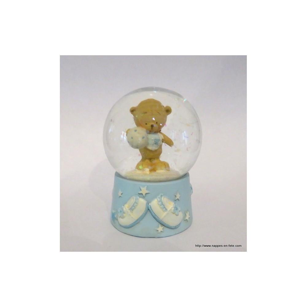 Sujet d coration bapt me ourson dans boule de neige - Pliage serviette ourson ...