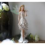 figurine jeune fille fée