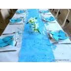 Chemin de table turquoise intissé 10m