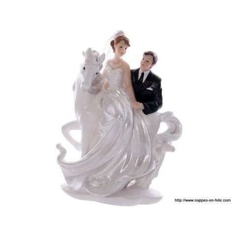 Originale figurine de mariés à cheval