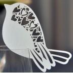 Marque place petit oiseau blanc ou rose pour baptême, communion ou mariage