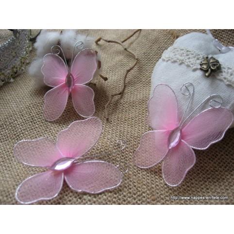papillon rose pâle pour déco de table