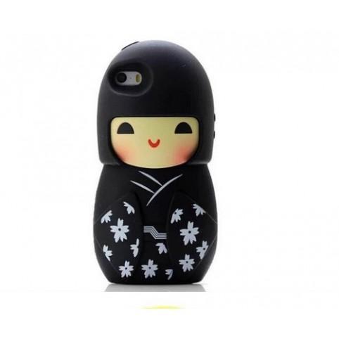 coque pour iphone- poupée kokeshi porte bonheur