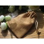 petits sacs à dragées en toile de jute ambre