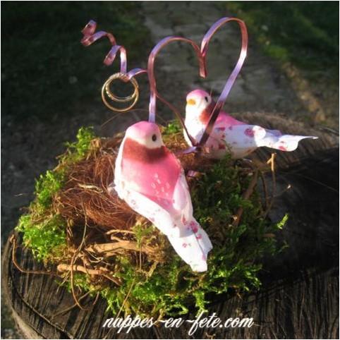 couple d'oiseaux artificiels en liberty rose pour déco thème oiseaux