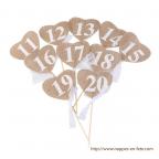 Marque table cœur numéroté en toile de jute avec dentelle