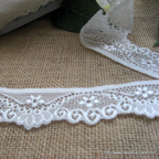 dentelle blanc ivoire 3 cm pour déco de mariage
