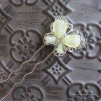 Gros pic à chignon papillon ivoire, mariée