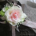 Bracelet avec fleur ivoire, blanc et rose, pour mariage