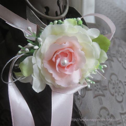 Bracelet avec fleur blanche, cœur rose, pour mariage
