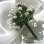 fleurs en piquets, pour décorer tulle ou boîte à dragées