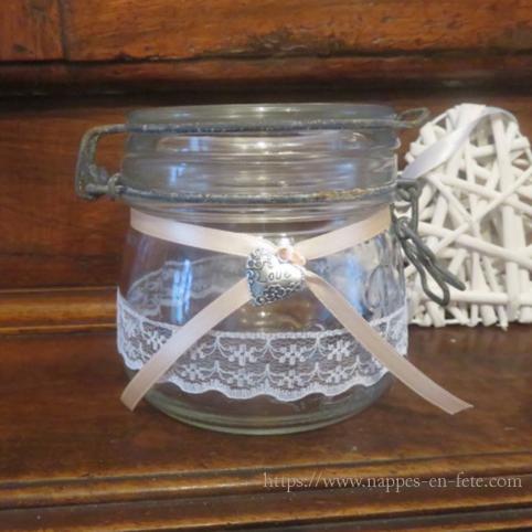 déco de mariage thème champêtre avec bocaux en verre