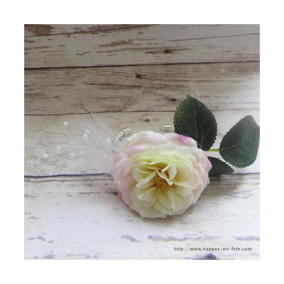 superbe bracelet fleur pour mari e ou demoiselle d 39 honneur. Black Bedroom Furniture Sets. Home Design Ideas