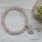 bracelet cœurs en quartz rose, idée pour saint Valentin