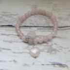 bracelet cœurs en quartz rose pour st valentin ou anniversaire