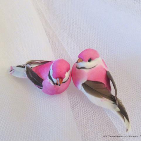 couple d'oiseaux artificiels rose pour déco de mariage ou noël