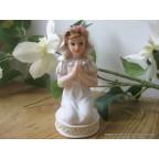 Communiante figurine pour communion