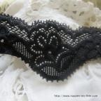 Très belle dentelle noire élastiquée, 4 cm pour vos décos de mariage