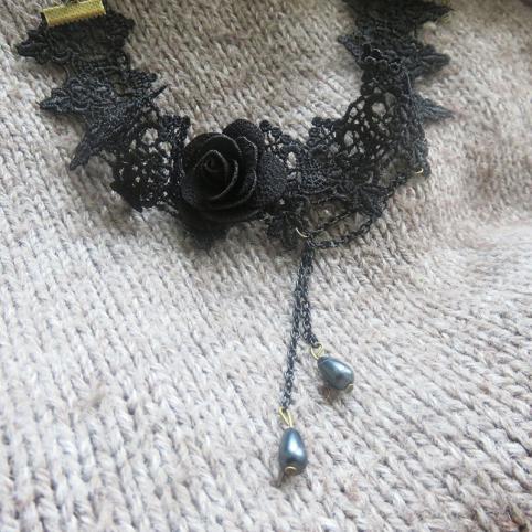 collier gothique en dentelle noire, collier victorien