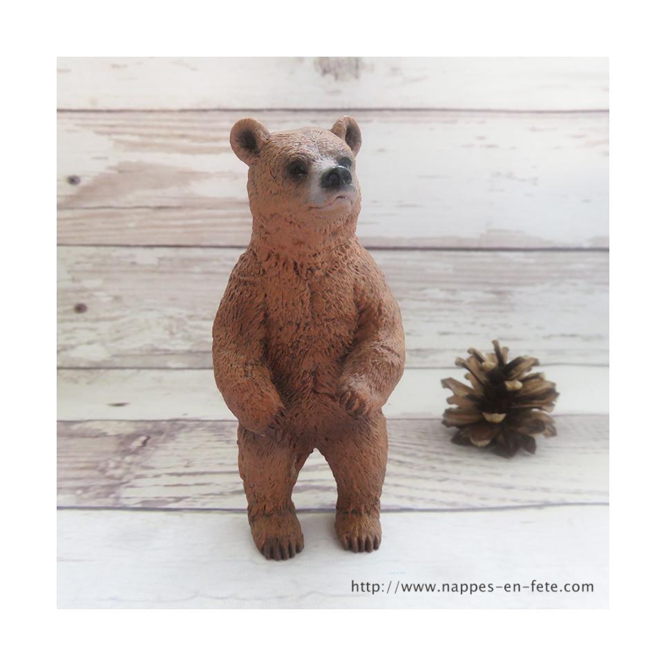 Figurine ours brun debout en plastique souple