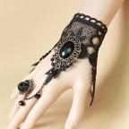 beau bracelet gothique en dentelle avec bague