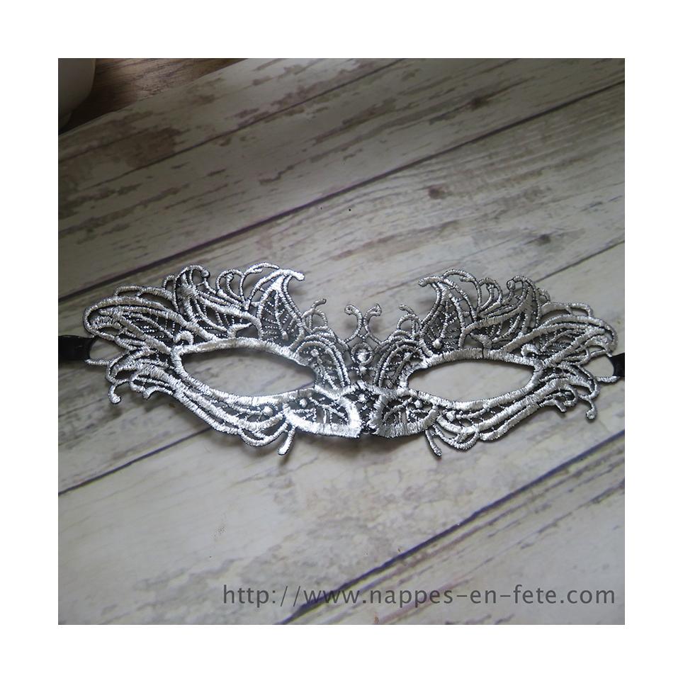 Elegant Masque vénitien en dentelle couleur argent