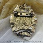 Broche gothique avec médaillon camée